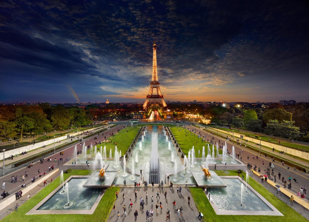 Torre Eiffel, Paris. Por Stephen Wilkes.
