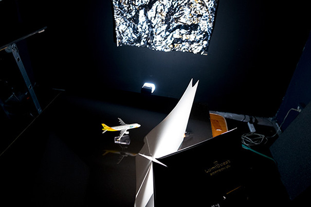 how-to-make-el-bokeh-wall-aluminum-foil-photography-tricks-15